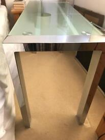 Strong Chrome / Frosted Glass table