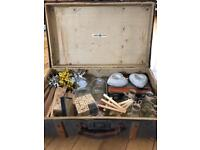 Wedding decorative items + retro suitcase !