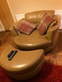 Two seats leather dfs
