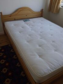 CLEAN DOUBLE MATTRESS FOR SALE, EASY TO MOVE!