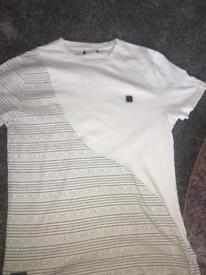 White Voi tshirt