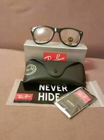 Ray-Ban wayfarer sunglasses clear lens