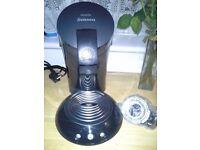 nearly new Senseo coffee pod machine.