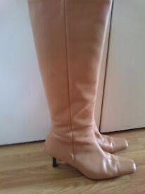 Ladies knee high boots
