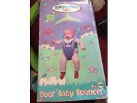 Baby over door bouncer