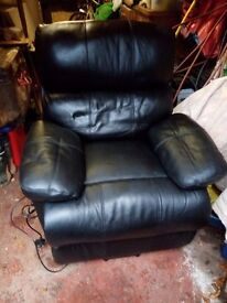 Restwell deluxe back leather riser and recliner