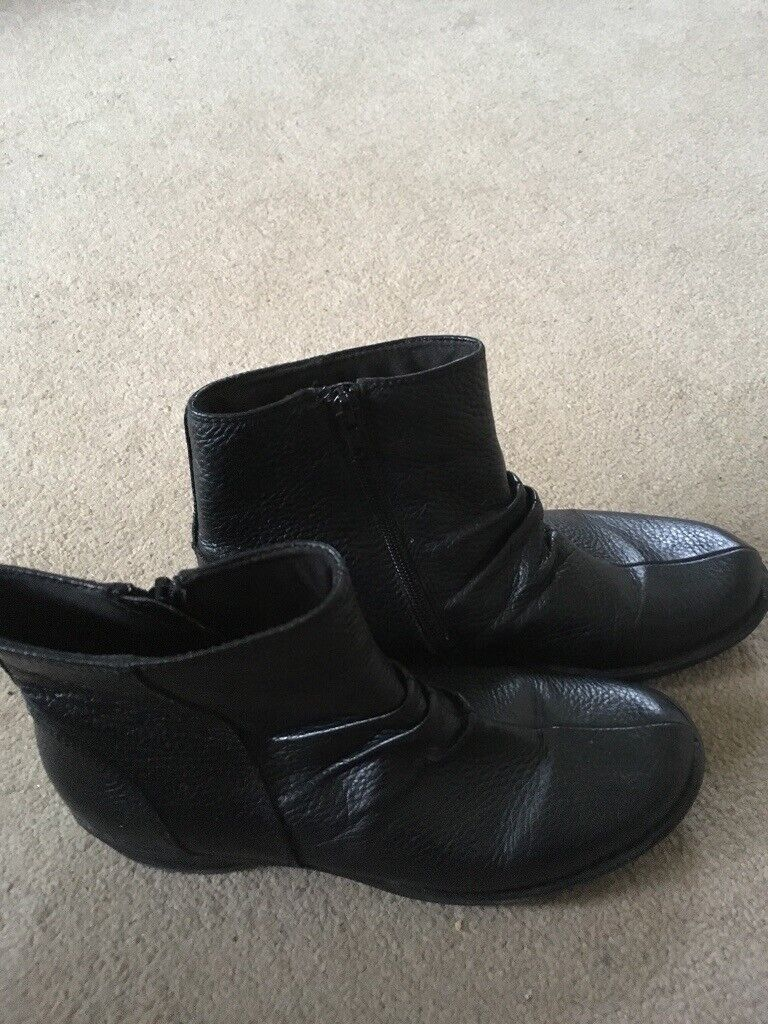 0ff22289e0d Ladies black leather boots size 5. Very good condition. Collect from Dorking