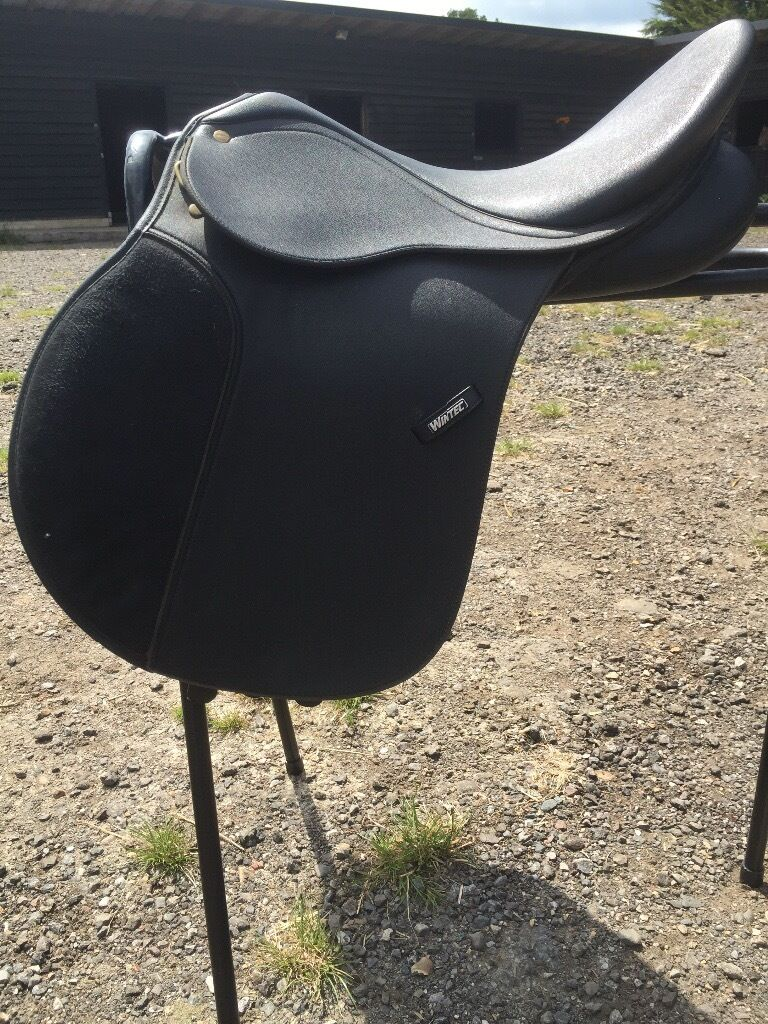 16 and a half inch Wintec horse saddle