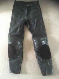 Women's leather motorbike trousers (small)