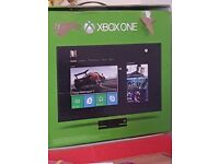Xbox one with 2 controlls kennect and games
