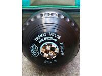 Thomas Taylor bowls and bag.
