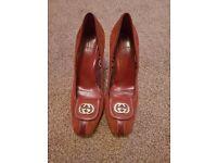 Authentic 90s Vintage Gucci pumps