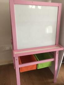 Wooden easel for kids