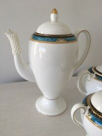 Wedgwood Curzon dinner and tea service - brand new unused from 25 years ago in original packaging