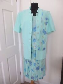 Mother of the Bride / Ascot 3 piece size 18 with matching hat