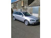 2006 volvo v50 2.0 diesel estate**MOT EXPIRED**(audi avant,bmw tourer,mercedes,estate)