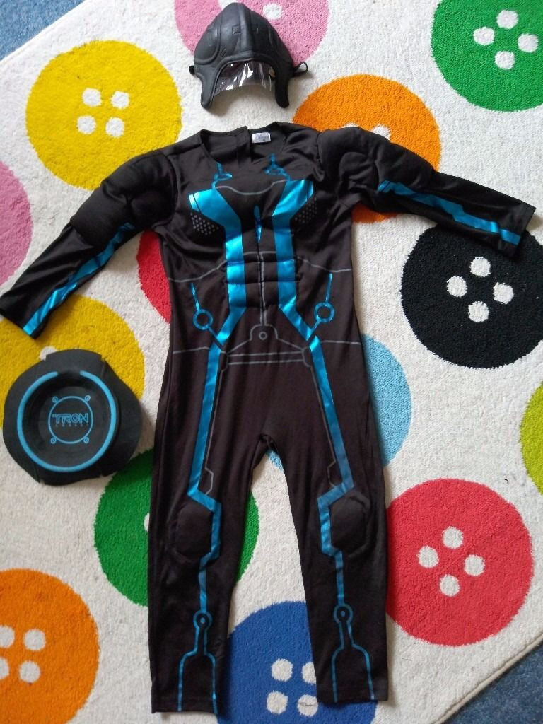 Disney Tron Legacy 5 6yrs/Cute Tiger Snowsuit/Costume(1824mths)/kids costume3 5yrs made Ladybirdin Brighton, East SussexGumtree - £3 each From smoke free and pet free home. 1. Boy Fancy Dress Costume Disney Tron Legacy Age 5 6,From Disney store all in one piece has muscle patch under, complete with black half mask and attachable back ring. 2. Cute Tiger Snowsuit/Costume 2 3yrs...