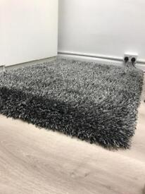 Monte Carlo shaggy rug