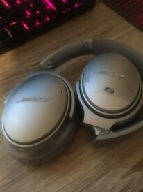 Bose QC35 noise cancelling headphones - 4 months old