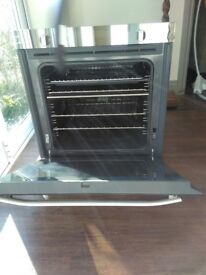 Hotpoint Open space mirror front oven - barely used - price reduced