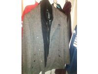 SIZE LARGE GREY/ BLACK MENS JACKET/COAT MODERN AND A BARGAIN AT £30