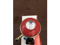 Propane Gas Bottle Regulator, Brand New, (37 mbar).