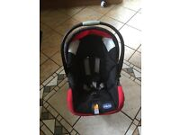 Chicco Travel system comes with Pushchair car seat carry cot cosy toe raincover and changing bag