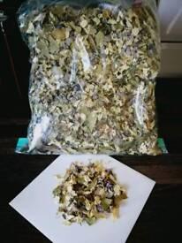 Biodigradable wedding confetti