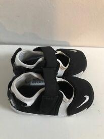 Nike little rifts. Hardly worn size 5 infant
