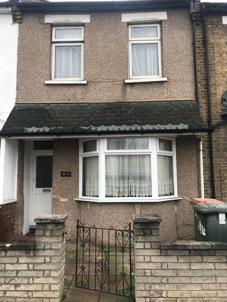 Groovy 3 Bedroom House Dss Accepted To Rent In Manor Park London Gumtree Download Free Architecture Designs Embacsunscenecom