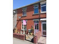 3 Bed Terraced House, ready to move in, great transport links
