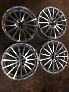 19'' AVARUS Silver Machined w/Clearcoat Set of four Bolt pattern is 5x114.3 $700.00