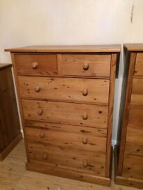 Solid pine chest of drawers no. 2