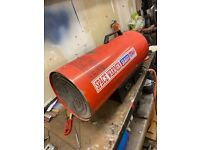 LP145 Sealey Space Warmer Propane Gas Workshop Heater with propane gas bottle