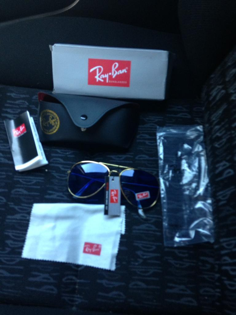 RAY BANS (sunglasses) ( BRAND NEW)