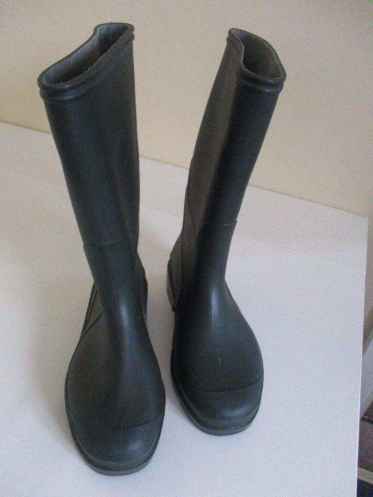 Boys Wellington Boots (Size 13)