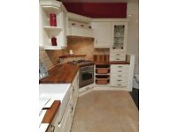 ***Never Used*** Full Kitchen