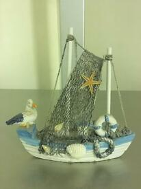 Boat showpiece