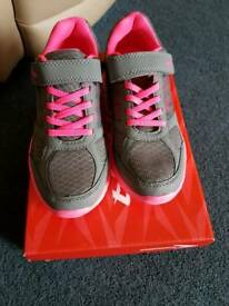 Girls junior size 3