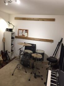 Recording Studio in East London with Drums, Keys, PA Speakers, Guitar and Bass included