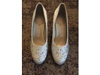 Rainbow Couture White satin wedding shoes size 5