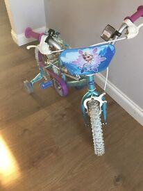 """Lovely frozen 14"""" girls bike"""