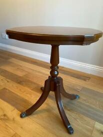 Strongbow Yew wood side table