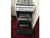 BRAND NEW Essentials free standing cooker white