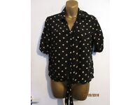 NAVY POLKA DOT SHORT SLEEVED BLOUSE WITH TIE SIZE 12 BY SOUTH