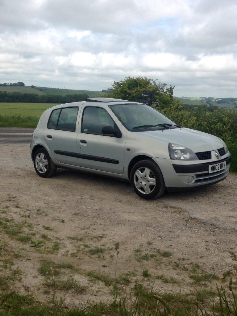 2002 renault clio 1 2 16v 12 months mot in swindon wiltshire gumtree. Black Bedroom Furniture Sets. Home Design Ideas