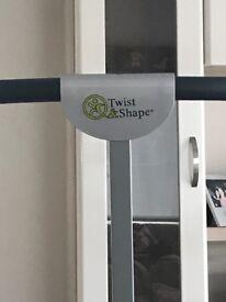 Twist and shape
