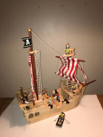 Chidrens Pirate Ship and figures