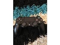 Ps4 controller v2 great condition