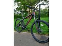 "Ghost SE2000 Mountain Bike 18"""